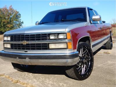 1988 Chevrolet C2500 - 22x10 15mm - Hardcore Offroad Hc11 - Stock Suspension - 265/35R22