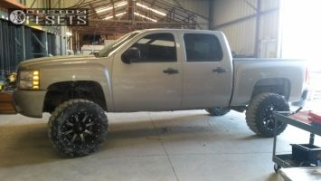 """2008 Chevrolet Silverado 1500 - 20x12 -44mm - Fuel Nuts - Suspension Lift 7.5"""" - 35"""" x 12.5"""""""