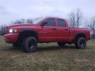 "2003 Dodge Ram 1500 - 15x8 -19mm - Ultra Menace - Suspension Lift 3.5"" - 33"" x 12.5"""