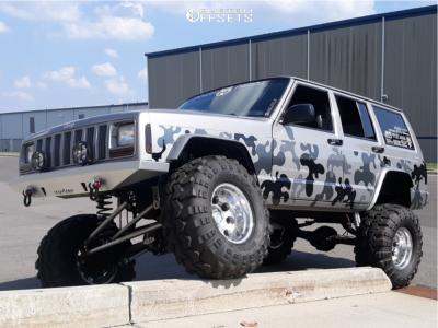 "2000 Jeep Cherokee - 15x10 -47mm - Pro Comp Series 69 - Suspension Lift 7"" - 33"" x 15.5"""