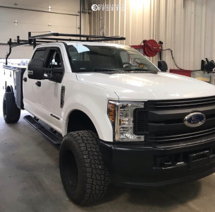 2019 Ford F-350 Super Duty - 18x12 -51mm - Pacer 185p Baja Champ - Leveling Kit - 325/60R18