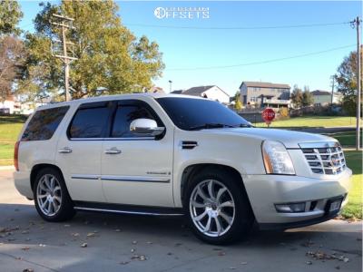 2007 Cadillac Escalade - 22x9 35mm - Xcess X01 - Lowered 2F / 4R - 285/45R22