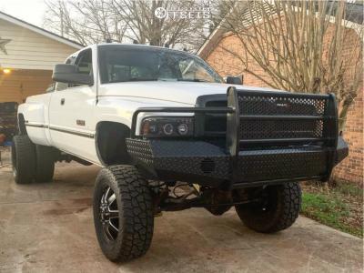 "1996 Dodge Ram 3500 - 20x8.25 122mm - Fuel Maverick - Suspension Lift 7"" - 35"" x 12.5"""
