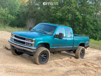 "1996 Chevrolet K1500 - 17x8 0mm - Moto Metal Mo970 - Suspension Lift 6"" - 35"" x 12.5"""