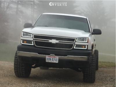 """2006 Chevrolet Silverado 3500 Classic - 20x12 -44mm - Ballistic Rage - Stock Suspension - 33"""" x 12.5"""""""