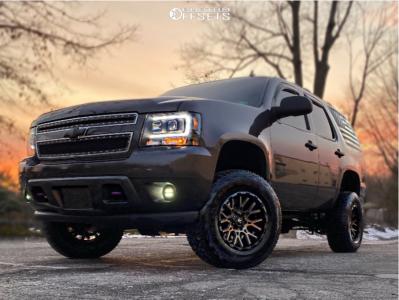 "2010 Chevrolet Tahoe - 17x9.5 -5mm - V-Rock Recoil - Suspension Lift 5"" - 285/70R17"