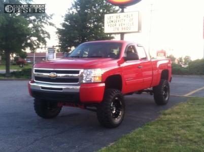 """2010 Chevrolet Silverado 1500 - 18x9 -12mm - Moto Metal MO951 - Lifted >9"""" - 35"""" x 12.5"""""""