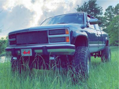 "1990 Chevrolet Silverado 1500 - 15x12 -73mm - Mickey Thompson Classic Iii - Suspension Lift 4"" - 35"" x 12.5"""