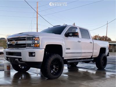 "2019 Chevrolet Silverado 2500 HD - 22x12 -44mm - Hostile Rage - Suspension Lift 5"" - 35"" x 12.5"""