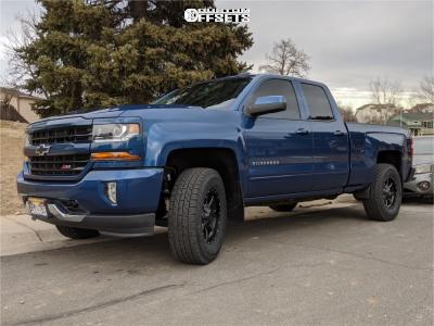 2019 Chevrolet Silverado 1500 LD - 17x8 0mm - Moto Metal Mo970 - Leveling Kit - 285/70R17