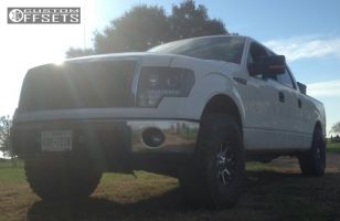 2013 Ford F-150 - 17x9 18mm - XD Addict - Leveling Kit - 315/70R17