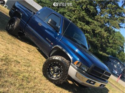 "2001 Dodge Ram 1500 - 17x9 -12mm - Fuel Boost - Suspension Lift 2.5"" - 35"" x 12.5"""