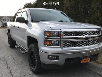 "2014 Chevrolet Silverado 1500 - 18x9 18mm - Method Nv - Suspension Lift 2.5"" - 33"" x 12.5"""