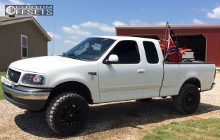 """2000 Ford F-150 - 17x9 -12mm - Fuel Hostage - Suspension Lift 6"""" - 33"""" x 12.5"""""""