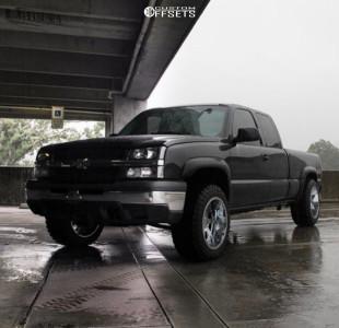 """2004 Chevrolet Silverado 1500 - 20x12 -44mm - Gear Off-Road 726c - Suspension Lift 2.5"""" - 33"""" x 12.5"""""""