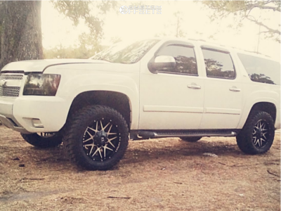 "2007 Chevrolet Suburban - 20x9 1mm - KX Kx03 - Suspension Lift 3"" - 33"" x 12.5"""