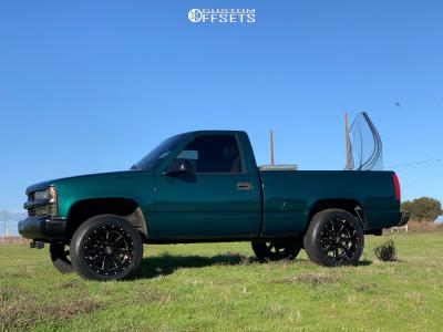 "1998 Chevrolet C1500 - 20x10 -24mm - Moto Metal Mo962 - Suspension Lift 4"" - 275/55R20"