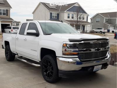 2019 Chevrolet Silverado 1500 LD - 20x9 27mm - Rev Replicas 586 - Stock Suspension - 275/55R20