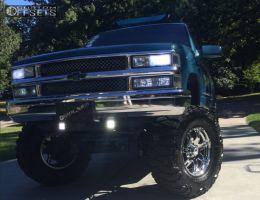 "1998 Chevrolet K1500 - 18x9 -6mm - Ultra Gauntlet - Suspension Lift 9"" - 37"" x 13.5"""