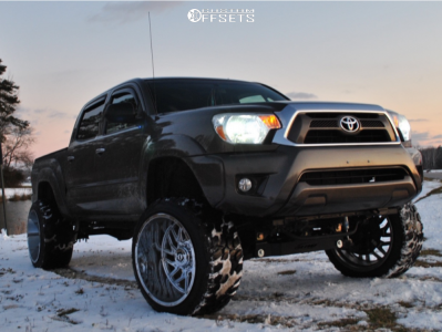 "2015 Toyota Tacoma - 22x14 -76mm - TIS 544c - Suspension Lift 7"" - 33"" x 12.5"""