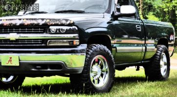 "2002 Chevrolet Silverado 1500 - 18x9 0mm - Moto Metal MO962 - Stock Suspension - 33"" x 13.5"""