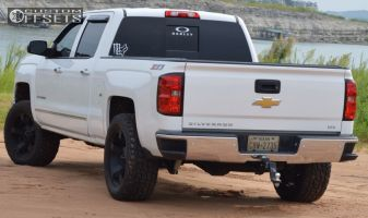 "2014 Chevrolet Silverado 1500 - 20x9 -12mm - XD Rockstar II - Suspension Lift 4"" - 305/55R20"