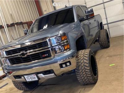 "2015 Chevrolet Silverado 1500 - 22x14 -76mm - Fuel Forged Ff19 - Suspension Lift 8"" - 375/45R22"