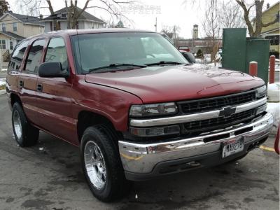 2001 Chevrolet Tahoe - 18x9 -6mm - Pro Comp Series 89 - Stock Suspension - 255/65R18