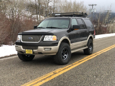 """2006 Ford Expedition - 18x9 1mm - Fuel Shok - Suspension Lift 3"""" - 35"""" x 12.5"""""""