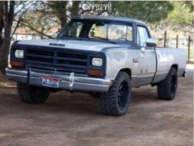 "1989 Dodge D250 - 20x10 -50mm - Red Dirt Road 01 - Stock Suspension - 33"" x 12.5"""