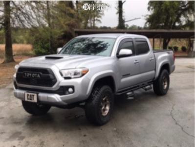 2018 Toyota Tacoma - 17x8.5 0mm - Icon Alloys Rebound - Leveling Kit - 265/70R17