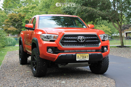 2016 Toyota Tacoma - 17x8 25mm - Ultra Crusher - Stock Suspension - 265/65R17