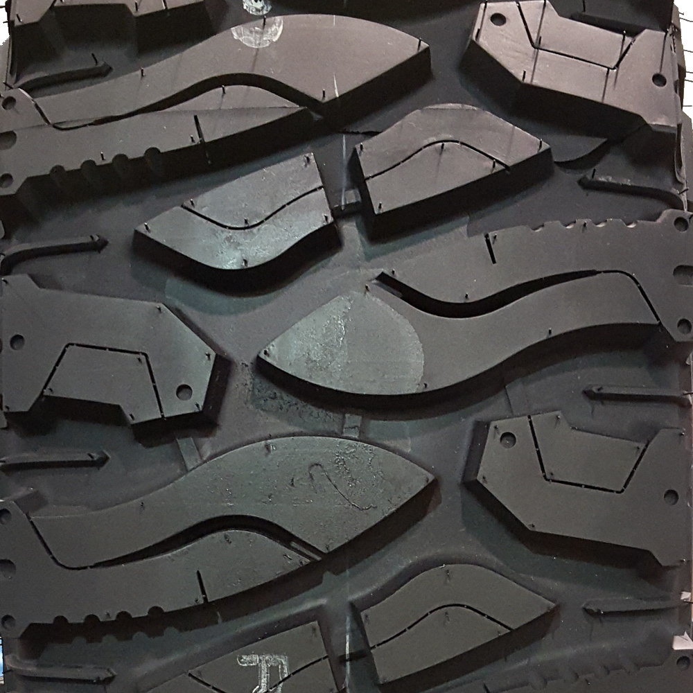 ARKON OFF-ROAD Crown Series Triumph  -51 Atturo Trail Blade Boss 40/14.5R22