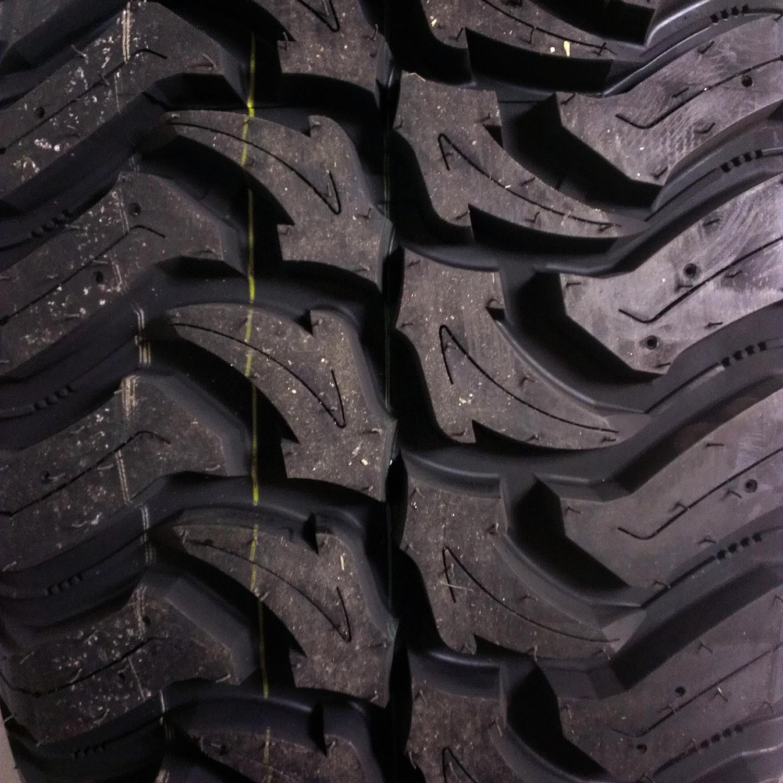 Black Bear Mud Terrain 37x1350r22lt Tires