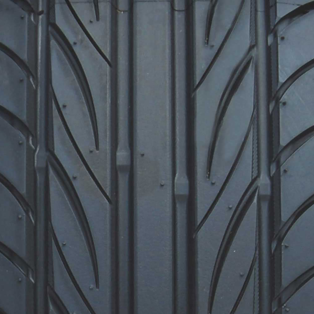 F1R F29  35 Yokohama S Drive 215/40R18