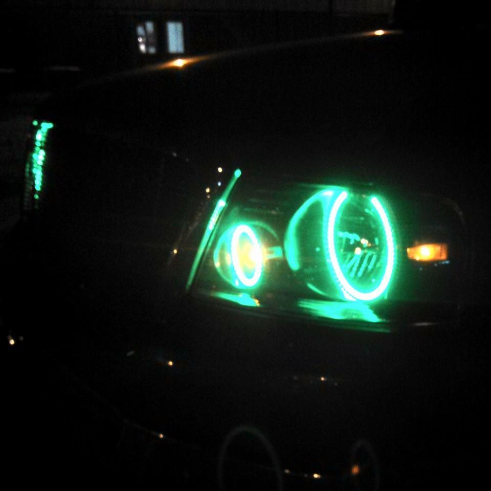 close green light up