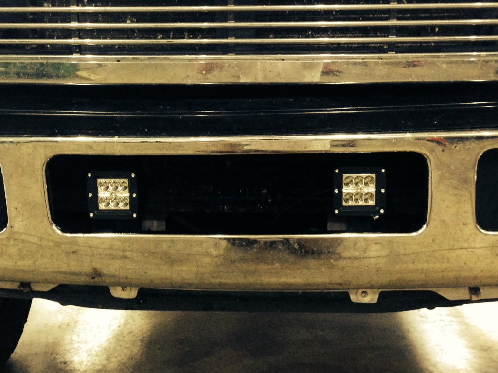 super duty bumper 3 inch cubes w our custom brackets
