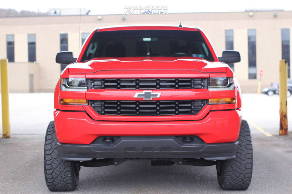 """2016 Chevrolet 1500 Aggressive > 1"""" outside fender on 20x12 -44 offset Savage Offroad Sa18 and 33""""x12.5"""" Kenda Klever Mt on Suspension Lift 7"""" - Custom Offsets Gallery"""