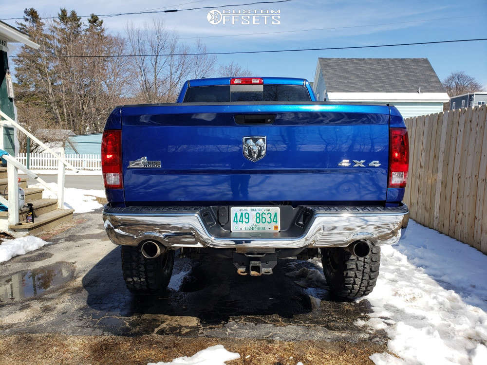 """2014 Ram 1500 Aggressive > 1"""" outside fender on 18x9 -12 offset Ultra Hunter and 37""""x12.5"""" Federal Couragia Mt on Suspension Lift 6"""" & Body 3"""" - Custom Offsets Gallery"""