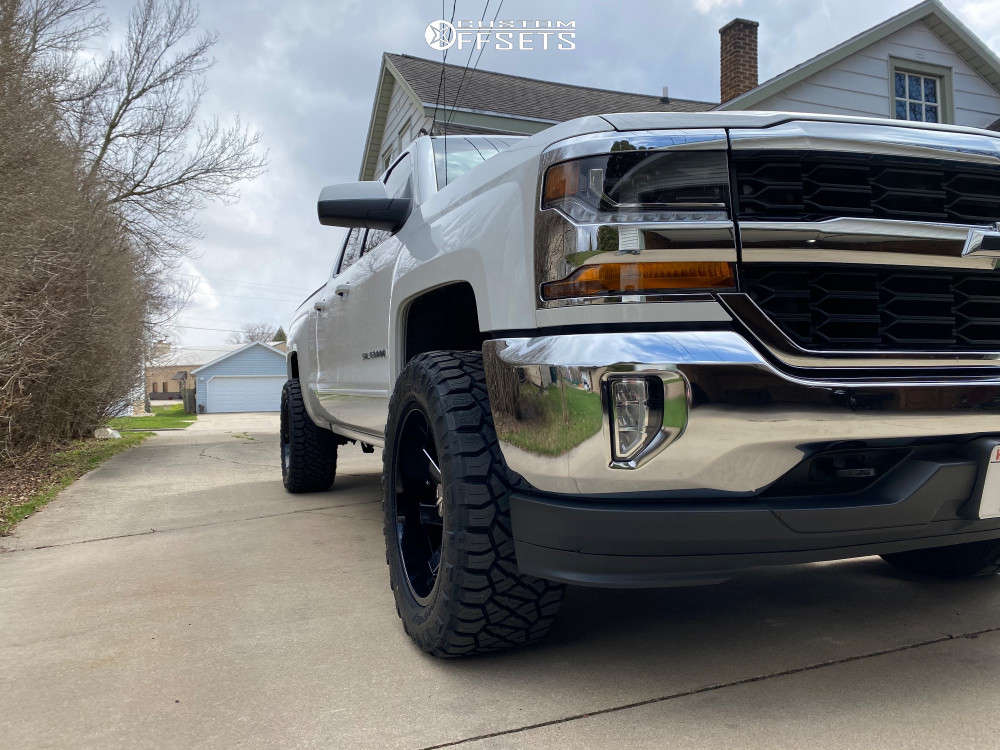 """2016 Chevrolet Silverado 1500 Aggressive > 1"""" outside fender on 20x10 -25 offset ARKON OFF-ROAD Lincoln and 33""""x12.5"""" Nitto Ridge Grappler on Leveling Kit - Custom Offsets Gallery"""