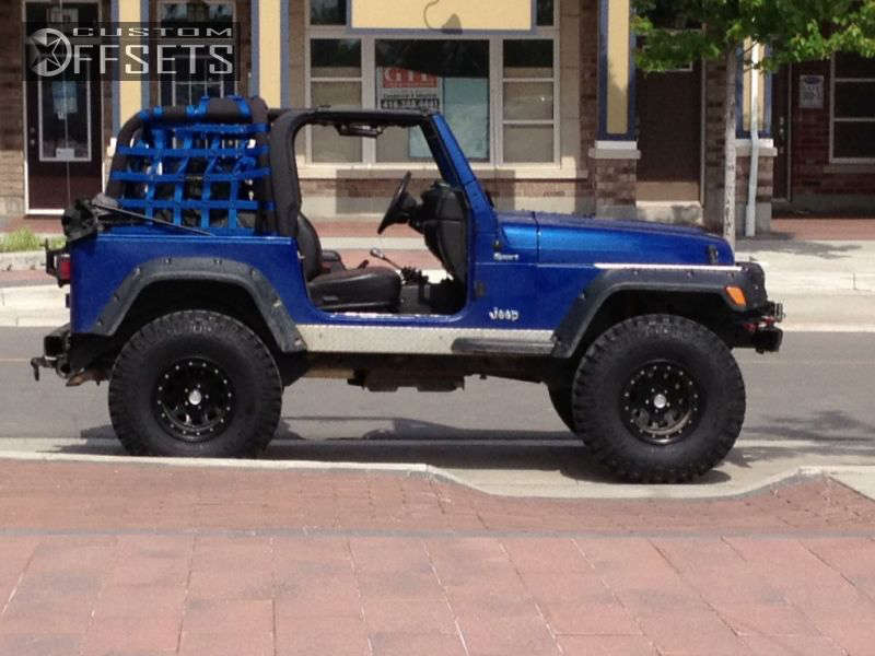 "2000 Jeep Wrangler Aggressive > 1"" outside fender on 15x10 -25.4 offset Pro Comp 152 & 35""x12.5"" Mickey Thompson Baja MTZ on Suspension Lift 4"" - Custom Offsets Gallery"