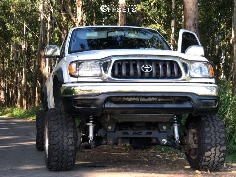 """2002 Toyota Tacoma Aggressive > 1"""" outside fender on 15x10 -47 offset Pro Comp 69 and 29""""x10.5"""" Super Swamper Tsl Sx on Suspension Lift 6"""" - Custom Offsets Gallery"""