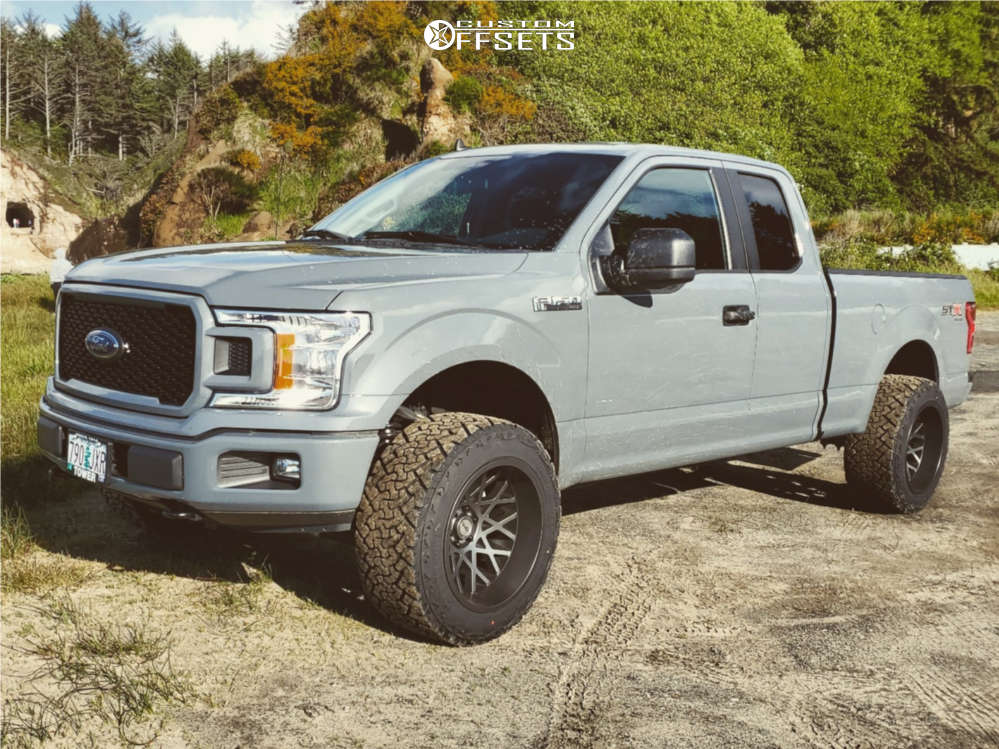 """2020 Ford F-150 Super Aggressive 3""""-5"""" on 20x12 -51 offset Toxic Punisher & 33""""x12.5"""" Venom Power Terra Hunter X/t on Leveling Kit - Custom Offsets Gallery"""