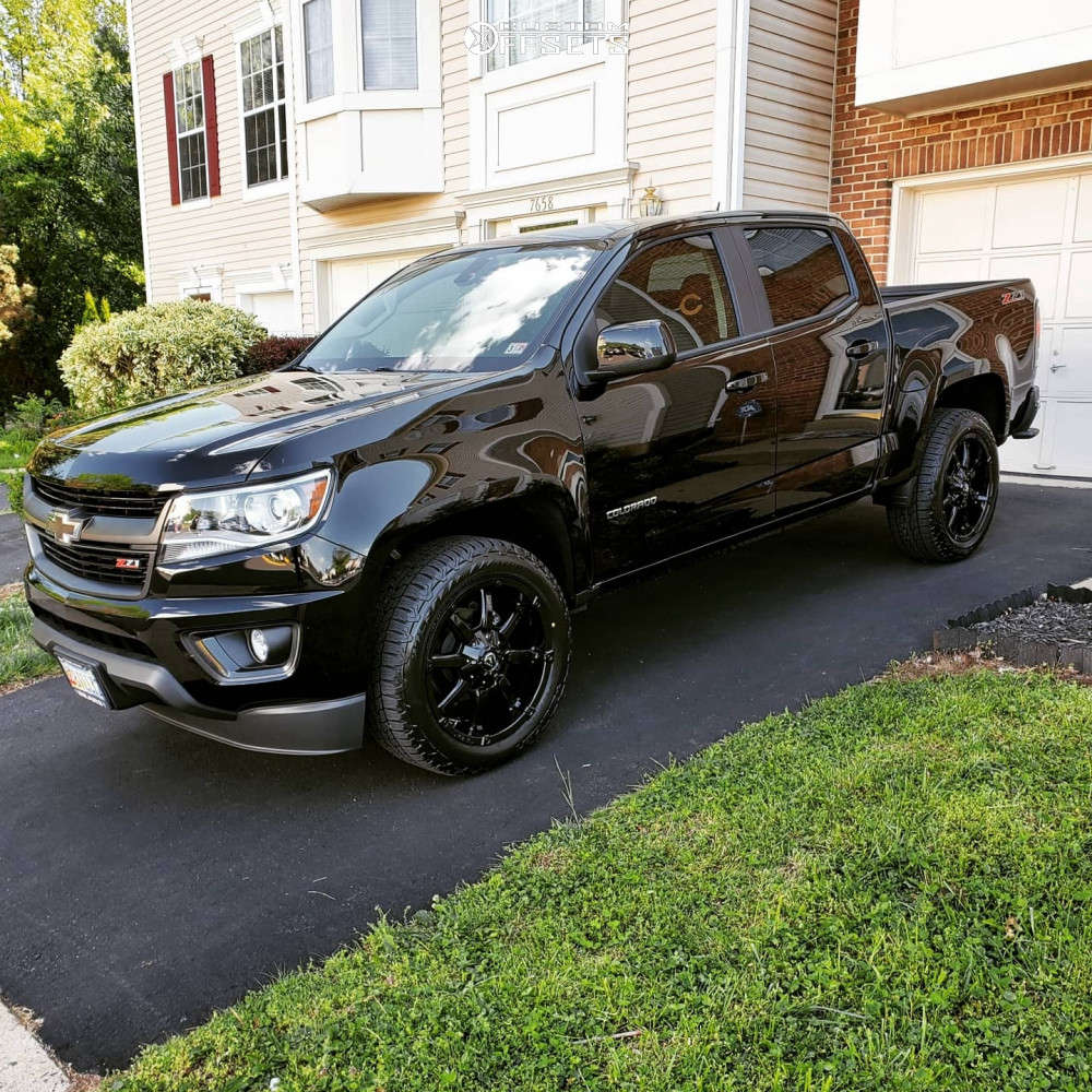 2019 Chevrolet Colorado Slightly Aggressive on 20x9 19 offset Fuel Coupler & 255/55 Falken Wildpeak At Trail on Stock Suspension - Custom Offsets Gallery