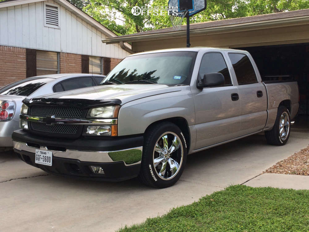 """2005 Chevrolet Silverado 1500 Aggressive > 1"""" outside fender on 20x10 0 offset Foose Legend & 255/35 Michelin Pilot Sport A/s 3 Plus on Lowered Adj Coil Overs - Custom Offsets Gallery"""