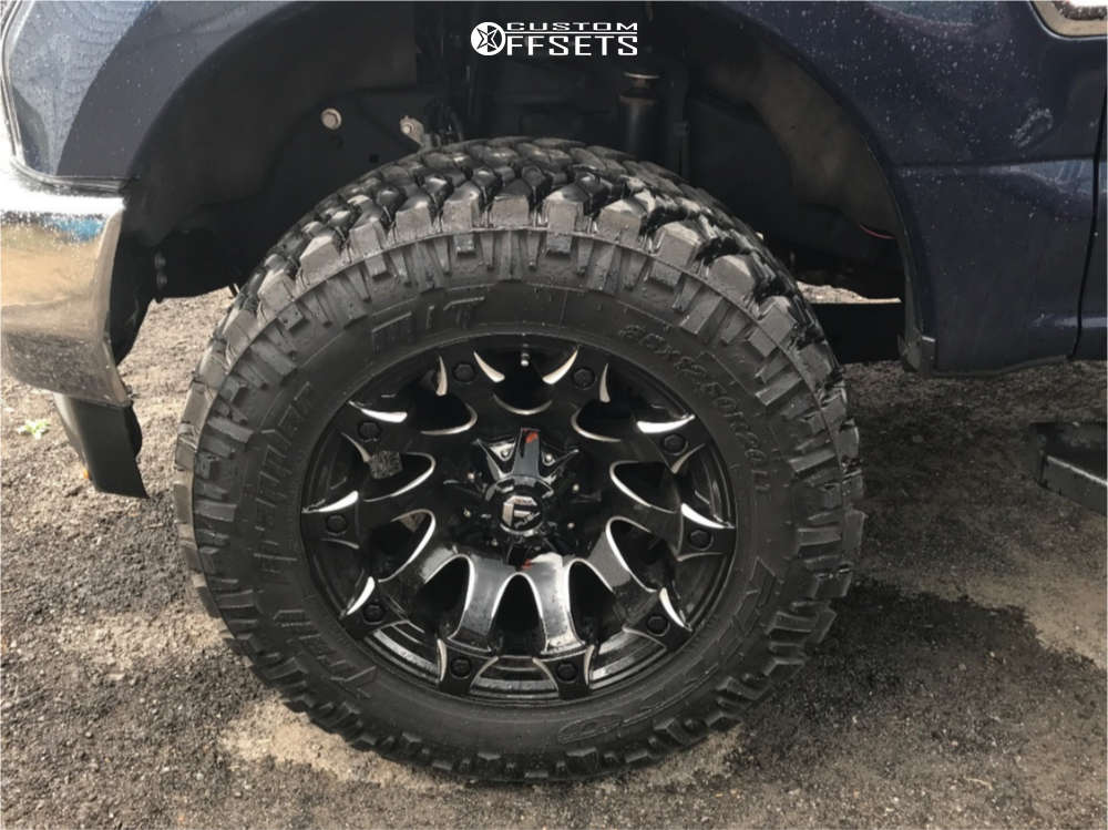 """2019 Ford F-350 Super Duty Aggressive > 1"""" outside fender on 20x10 -18 offset Fuel Battle Axe and 35""""x12.5"""" Nitto Trail Grappler on Stock Suspension - Custom Offsets Gallery"""