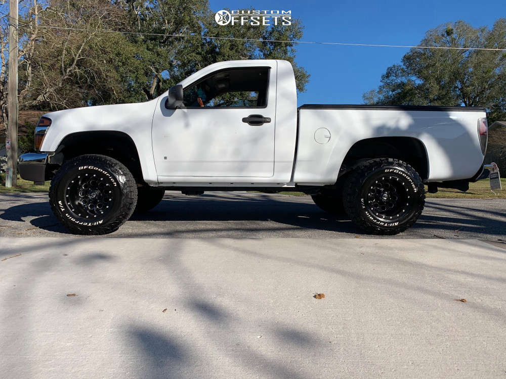 """2006 Chevrolet Colorado Aggressive > 1"""" outside fender on 15x10 -43 offset Fuel Revolver and 31""""x10.5"""" BFGoodrich All Terrain Ta Ko2 on Suspension Lift 5.5"""" - Custom Offsets Gallery"""