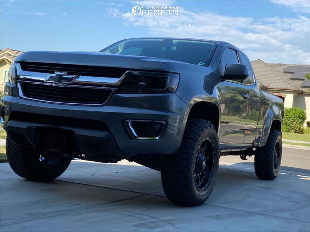 """2020 Chevrolet Colorado Aggressive > 1"""" outside fender on 18x9 1 offset Fuel Hostage and 275/65 Nitto Ridge Grappler on Leveling Kit - Custom Offsets Gallery"""