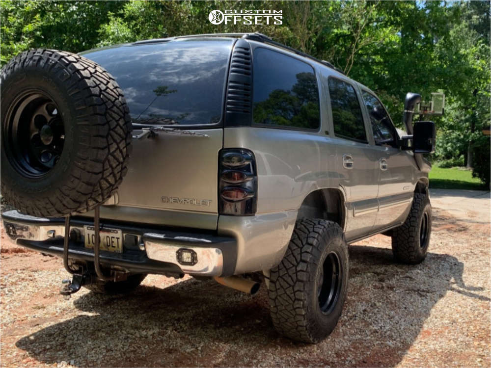"""2003 Chevrolet Tahoe Aggressive > 1"""" outside fender on 16x10 -38 offset Black Rock Type 8 and 285/75 Nitto Ridge Grappler on Suspension Lift 3"""" - Custom Offsets Gallery"""