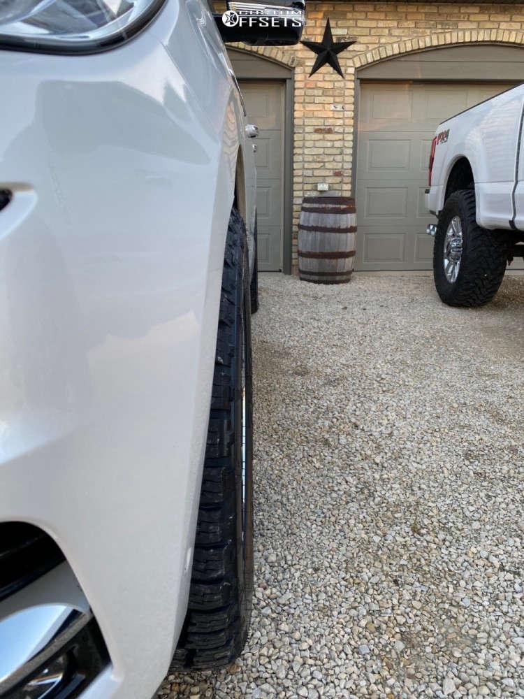 2019 Lincoln Navigator Nearly Flush on 22x9.5 31 offset DUB Baller and 285/50 Nitto Terra Grappler G2 on Stock Suspension - Custom Offsets Gallery